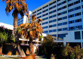 Hotelandlodgin