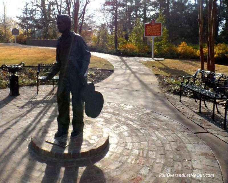 Bronze statue of Elvis at13.