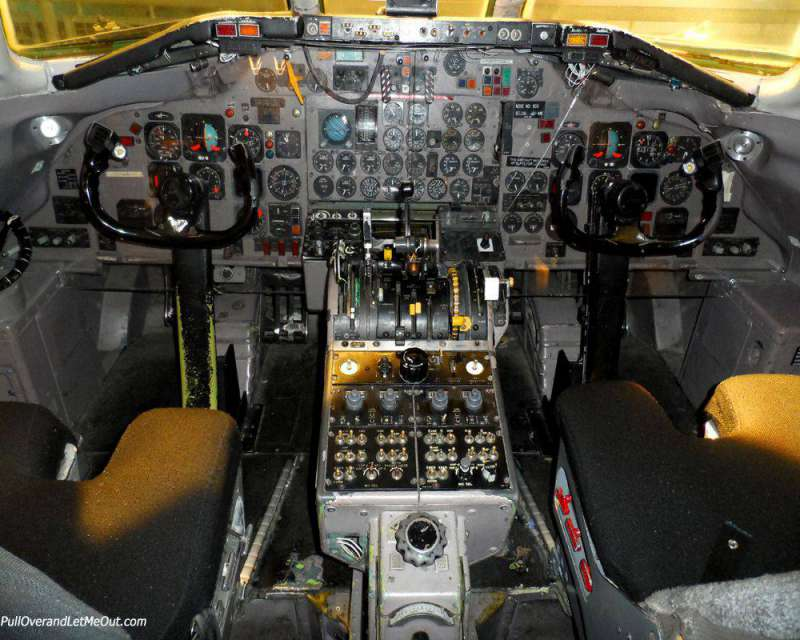 Cock pit of a DC 9 airplane