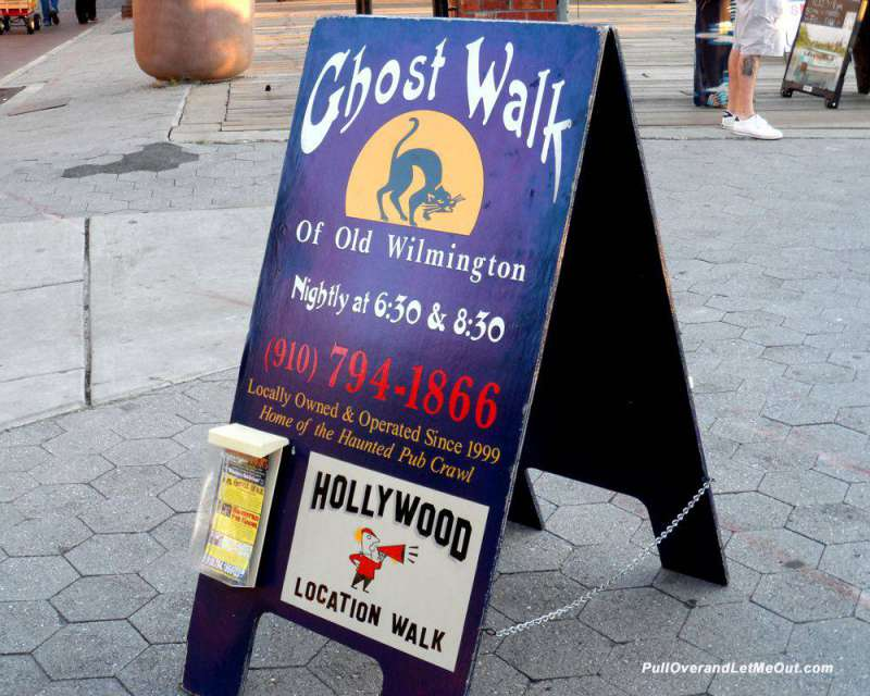 Ghost-Walk-sign
