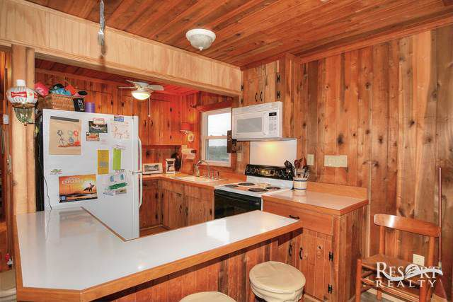 gillam-cottage-kitchen
