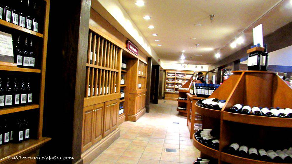 Inside-Biltmore-Winery-shop
