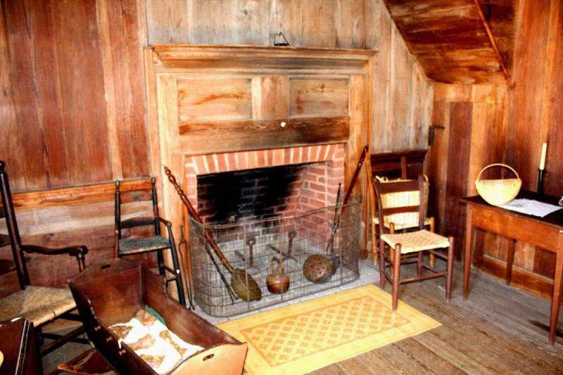 hearth-in-Polk-home