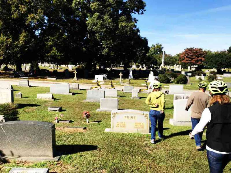 tour-group-Oakwood-Cemetery Triangle Glides PullOverandLetMeOut