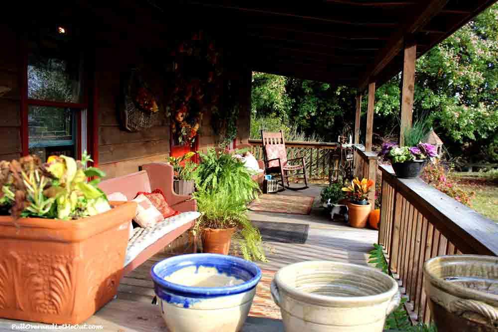 porch-Seagrove-Pottery-PullOverandLetMeOut