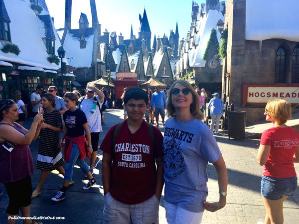 AM-and-Connor-in-Hogsmeade-