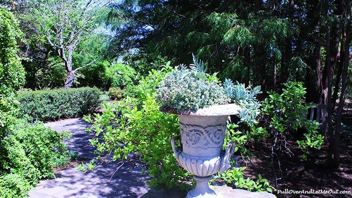 garden-path-JC-Raulston-Arboretum-Raleigh-PullOverAndLEtMeOut
