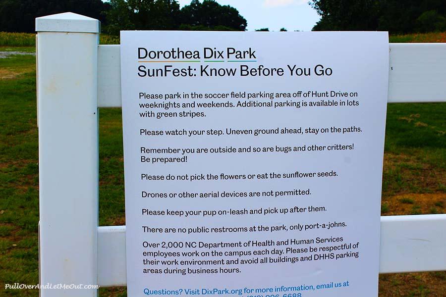 park-sign-Dix-Sunflower-Field-Raleigh-PullOverAndLetMeOut