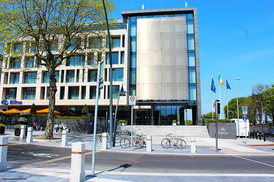 Hilton-Kilmainham-Dublin-exterior-PullOverAndLetMeOut