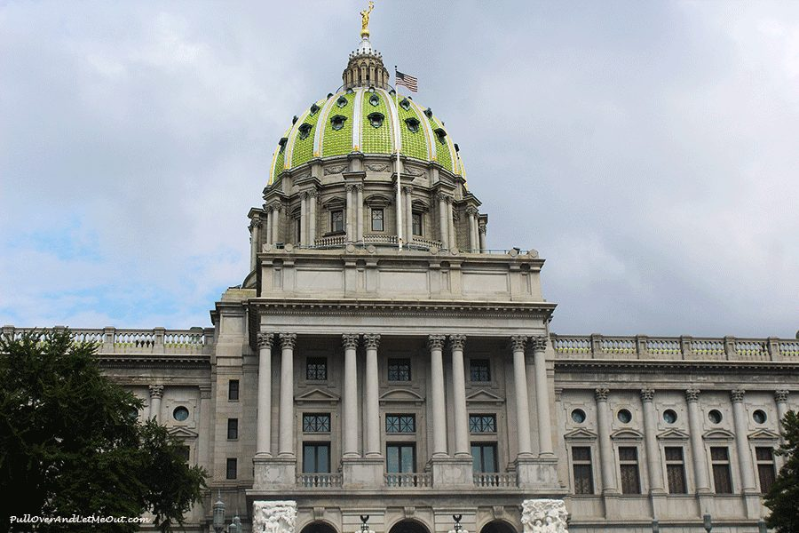 Pennsylvania-Capitol-bldg-Harrisburg-PA-PullOverAndLetMeOut