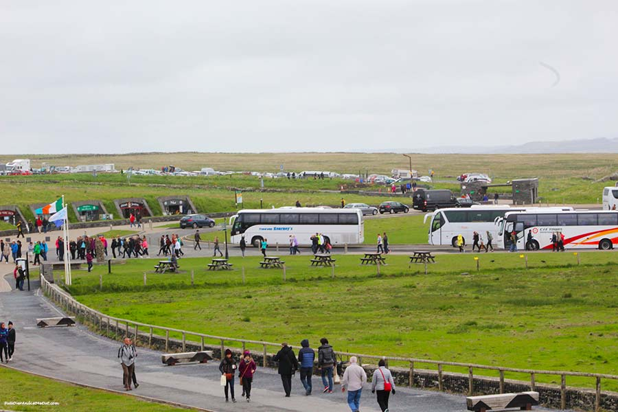 tour-buses-Cliffs-of-Moher-PullOverAndLetMeOut