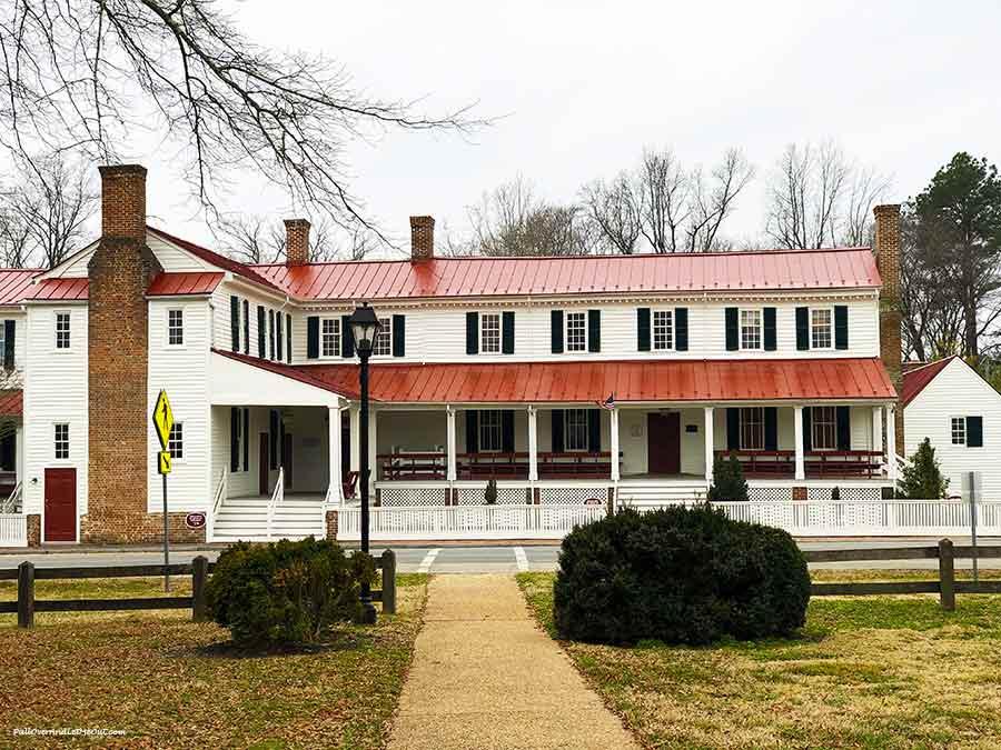 Hanover-Courthouse-Hanover,-VA-PullOverAndLetMeOut