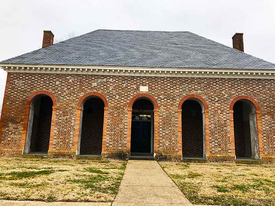 Hanover-VA-Courthouse-PullOverAndLetMeOut