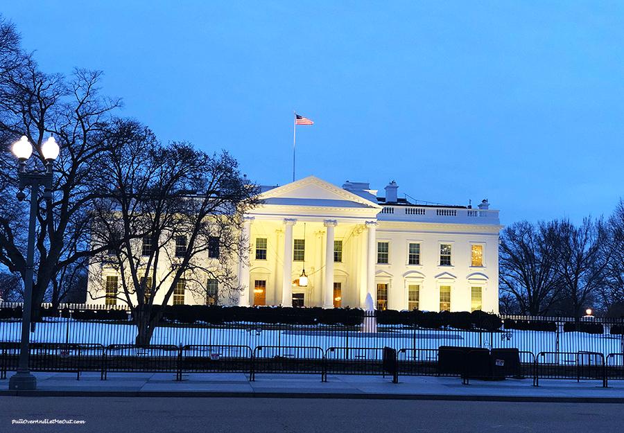 Winter-White-House-at-Dusk-Washington,-DC-PullOverAndLetMeOut