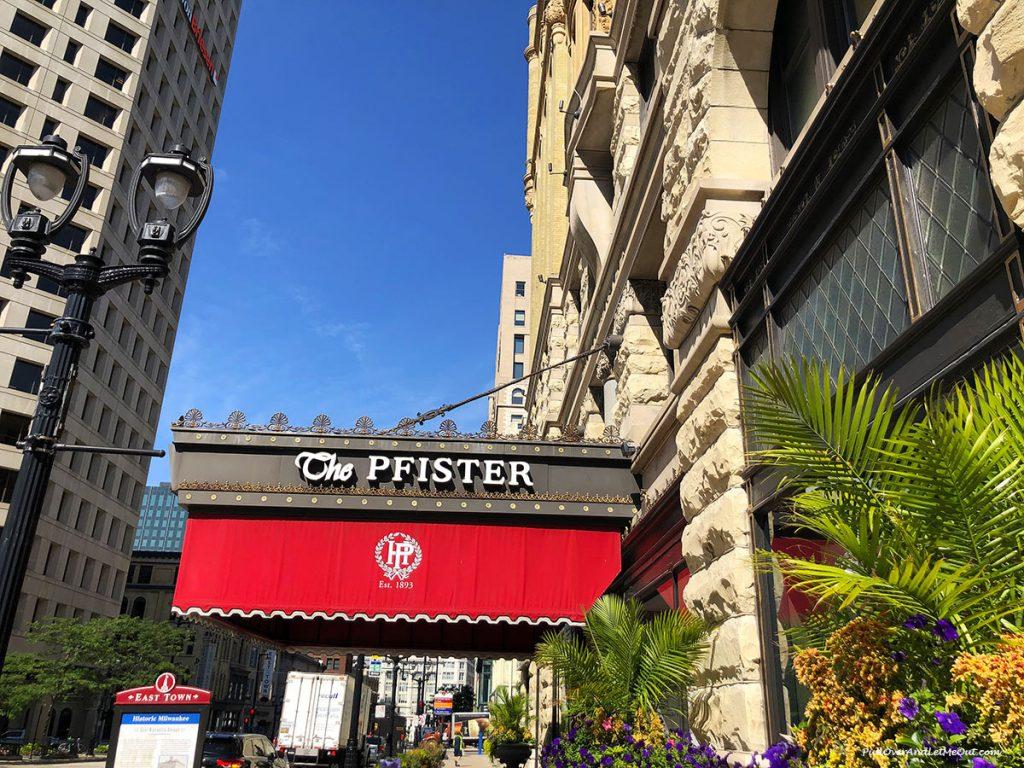 Entry of Pfister Hotel Milwaukee. PullOverAndLetMeOut