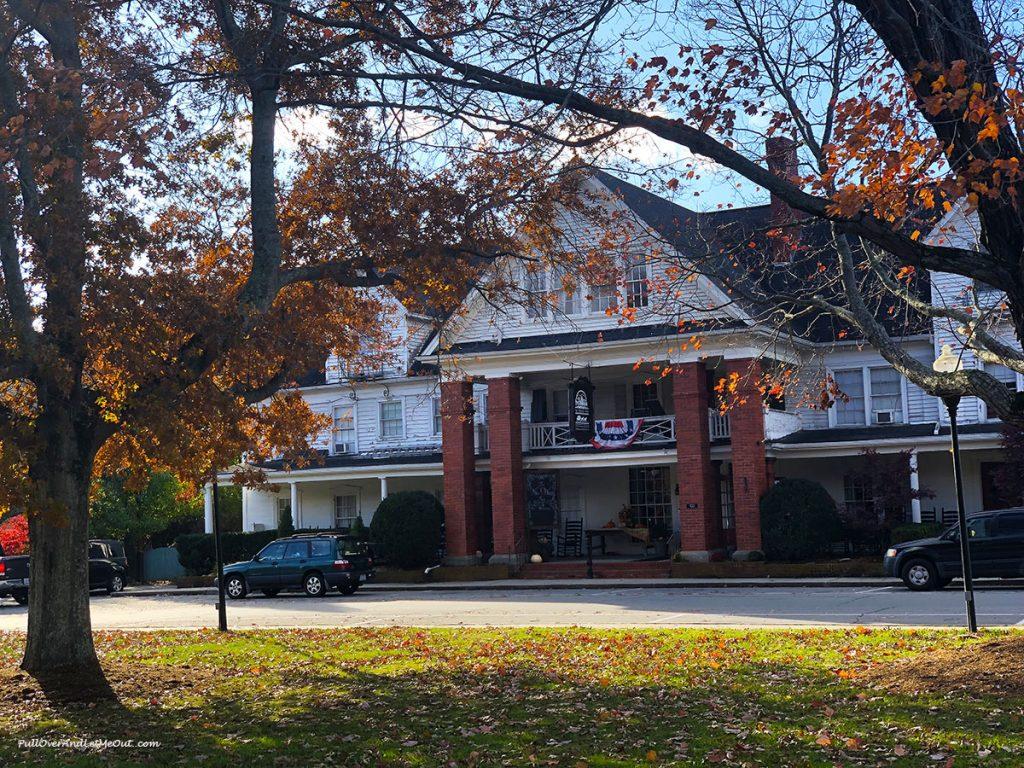 NuWray Hotel in Burnsville, NC