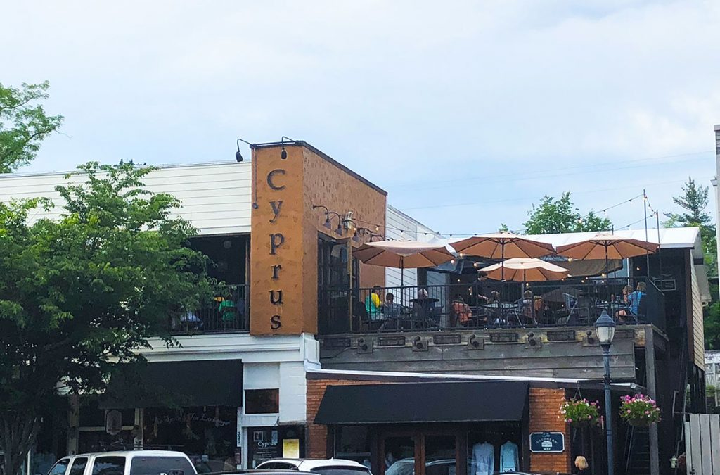 Cypruss rooftop restaurant Highlands, NC PullOverAndLetMeOut